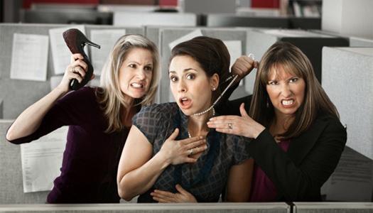 Как руководителю «влить» нового сотрудника в устоявшийся коллектив